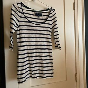 American Eagle 3/4 Sleeve Striped Shirt Medium